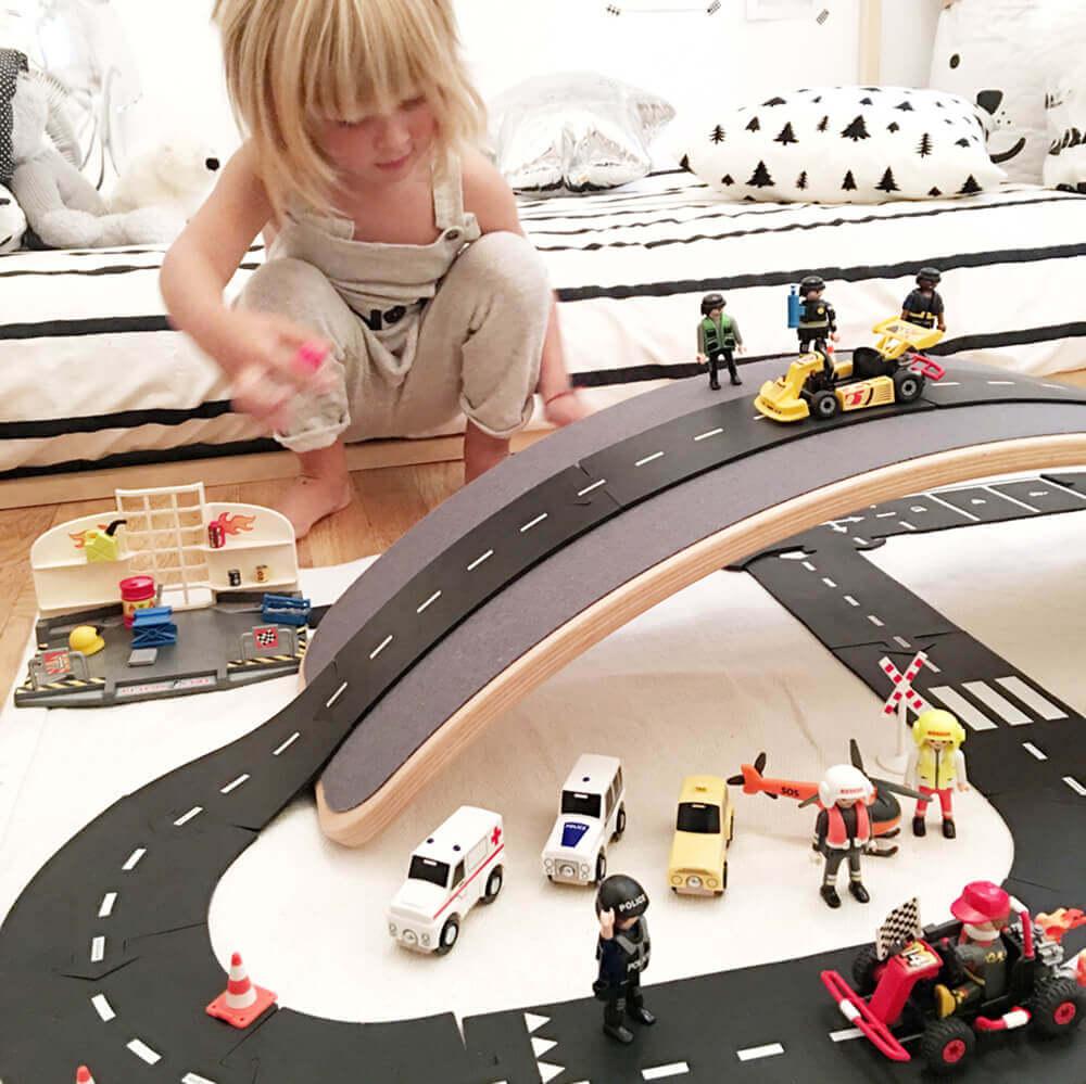 Rugalmas autópálya - kanyar