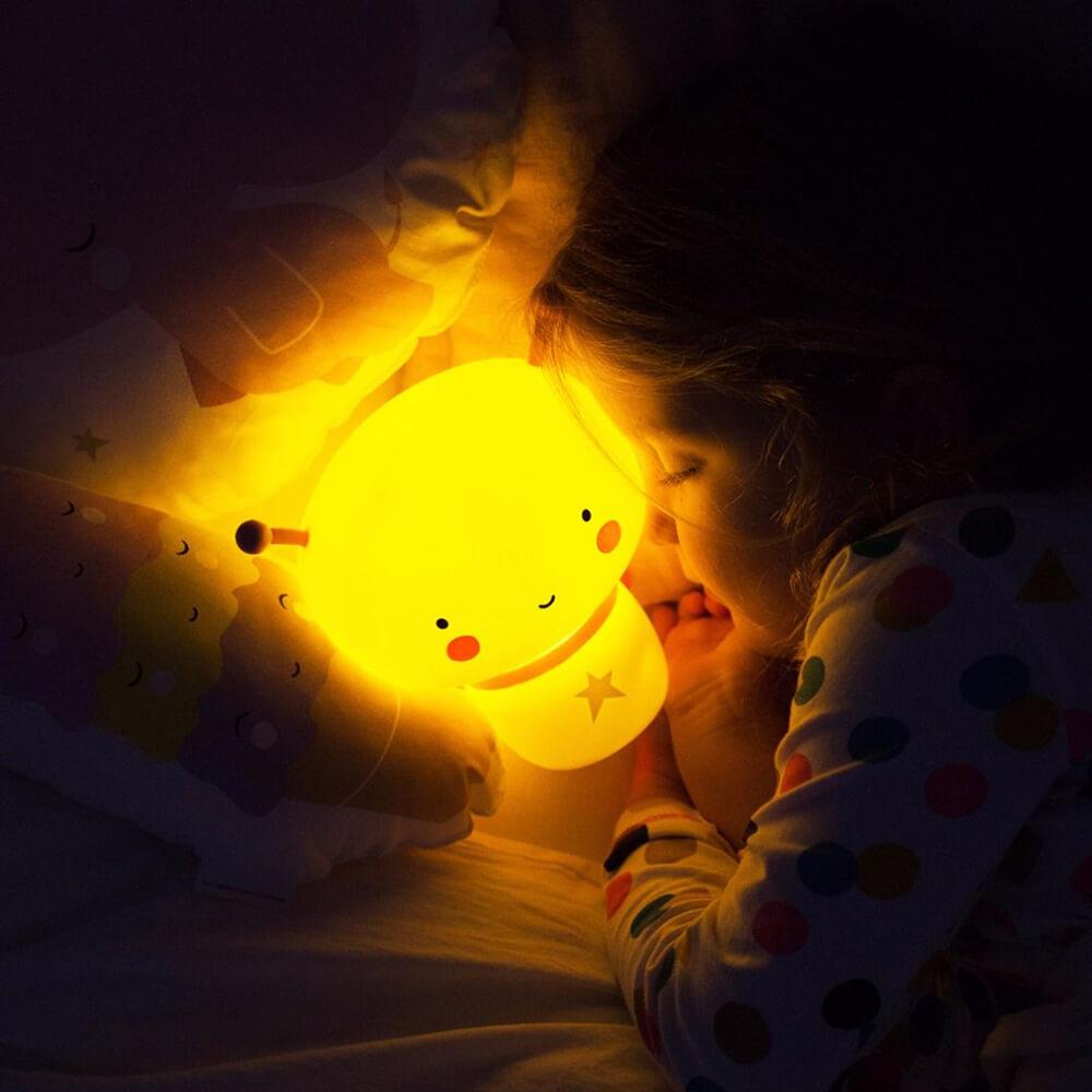 Éjjeli fény - Pillangó