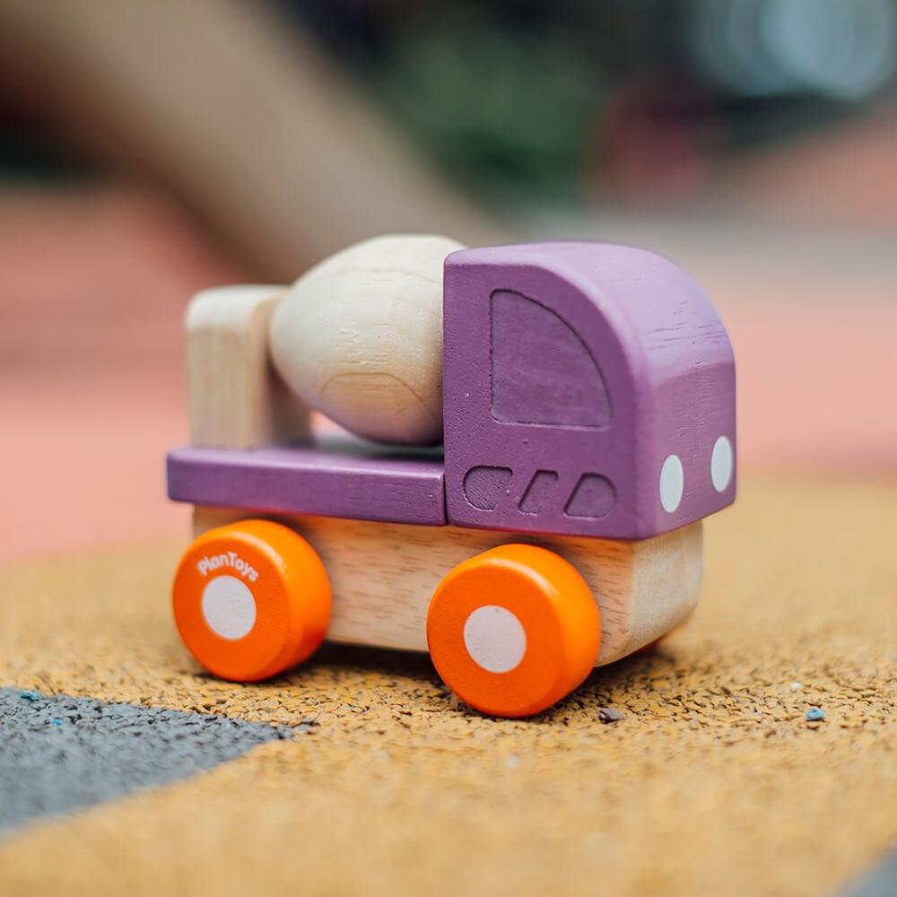 Mini betonkeverő autó