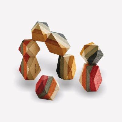 PlanToys GEO építő kövek - fa építőkocka játék.