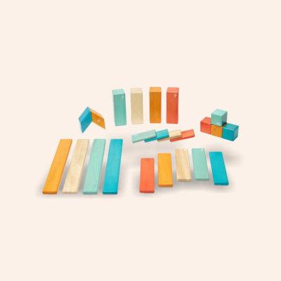 Tegu - Mágneses építőkocka fa fejlesztő játék.